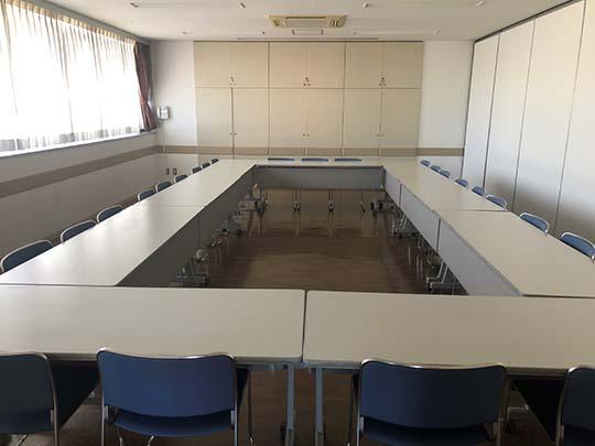 商工会館2F小会議室
